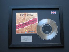 "DARYL HALL & JOHN OATES - Maneater 7"" Platinum DISC with Cover"